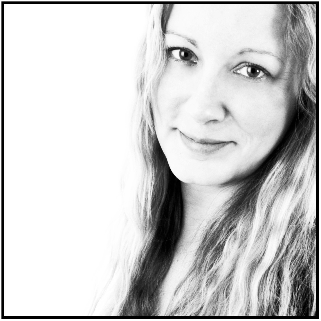 DSC_6112 - 2 - Website photo of Sarah